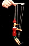 Puppet_on_string_3